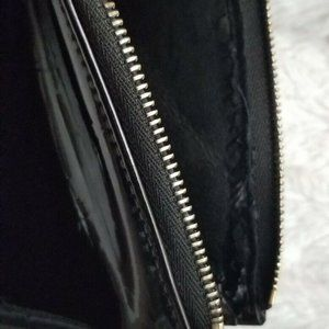 Louis Vuitton Bags - Louis Vuitton Lexington Vernis Wristlet Black